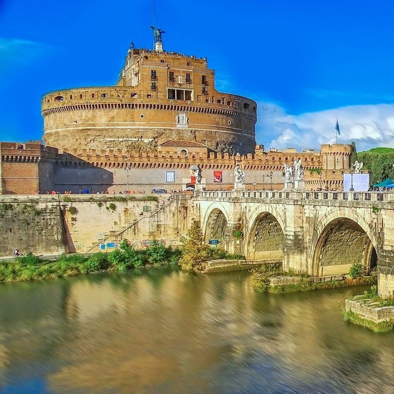 External photo of the Castel Sant'Angelo in Rome